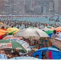 Benidorm no hará excepción horaria en las playas en la Noche de San Juan